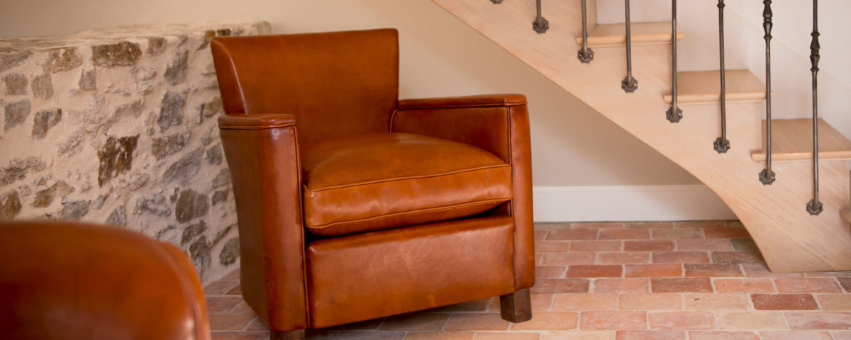Entretenir un fauteuil club en cuir